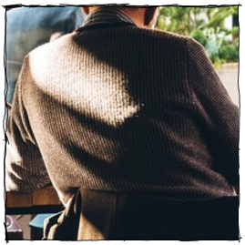 Sweater feature large composite