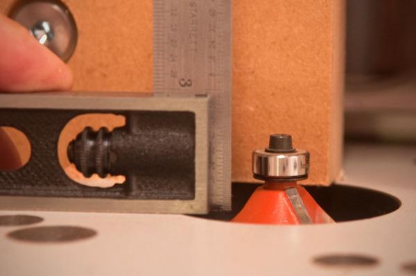 Using a combination square to true a router bit