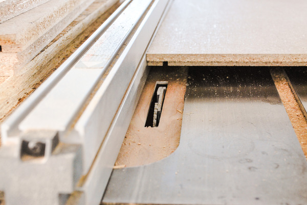 Cutting Grooves With Dado Blade
