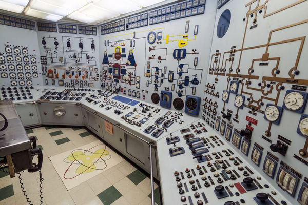 Gallery-1436388667-ns-savannah-control-room-md1_large