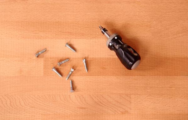 stubby ratcheting screwdriver