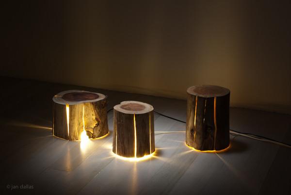 Cracked Log Lamp