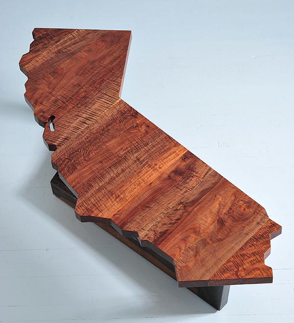 Walnut California table