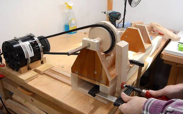 How to: Build a Homemade Lathe from Scratch