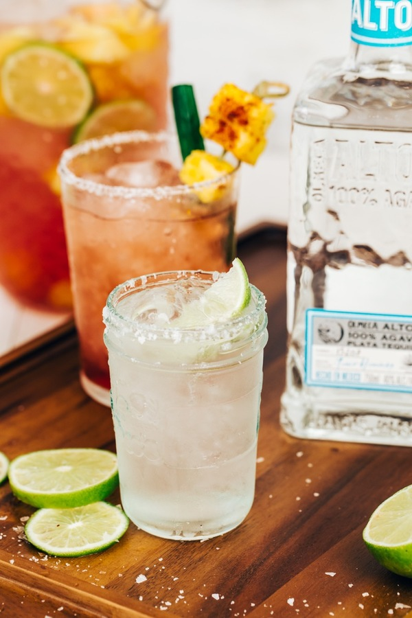 Altos Plata margarita drink
