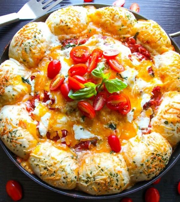 Cheesy Bread Spaghetti