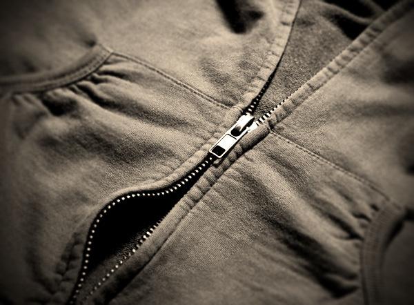 The Easiest Way to Repair a Split Zipper