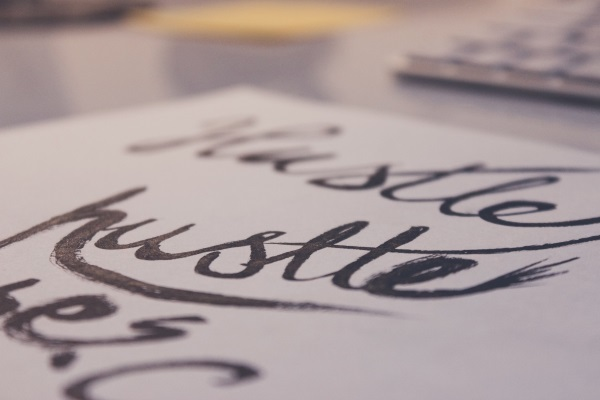 Pen calligraphy hand lettering hustle large