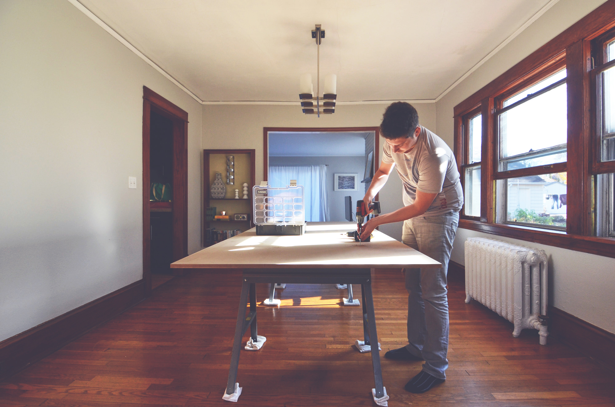 setting up a temporary dinner table