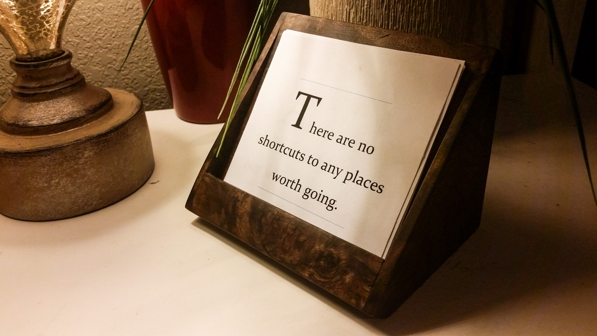 Desktop Inspiration: How to Build Your Own Wooden Quote Holder | Man ...