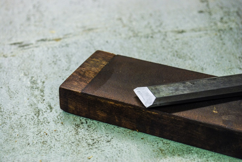 How to: Make a Leather Strop to Help Sharpen Everything in Your Shop