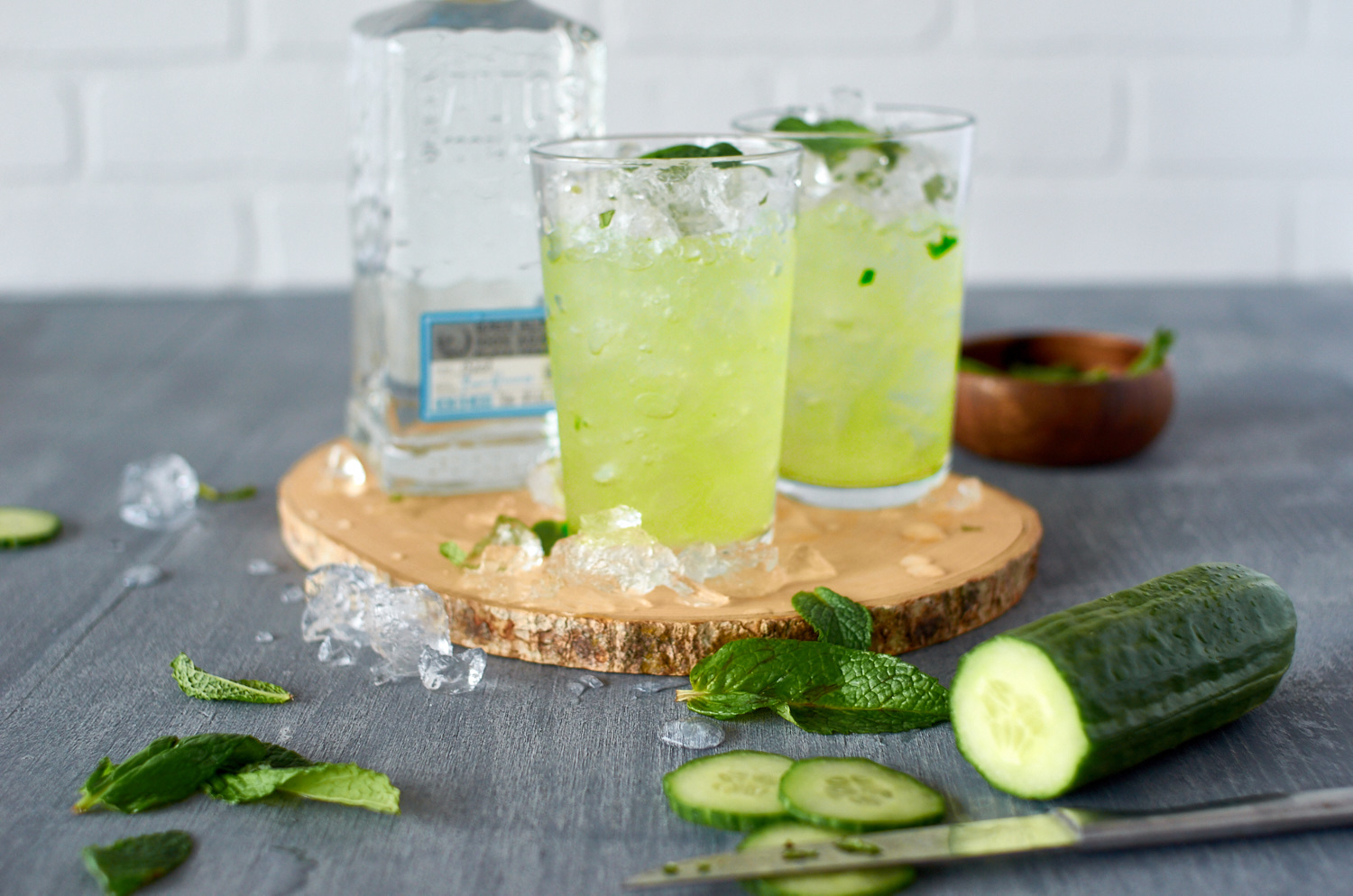 Cucumber, mind and tequila cocktail