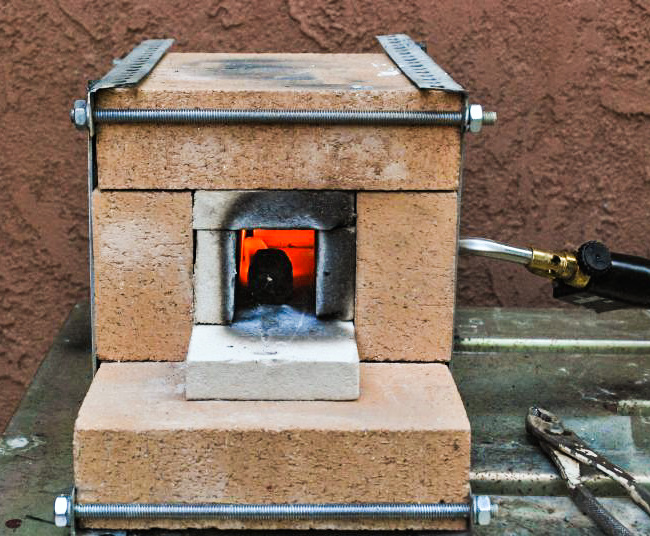 Make this diy fire brick blowtorch forge man made diy for Diy brick projects