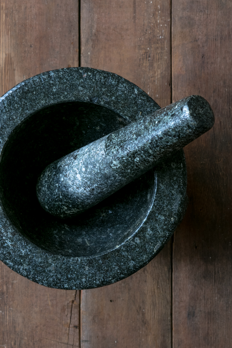 Https%3a%2f%2fassets.manmadediy.com%2fphotos%2f32543%2fbest thai mortar pestle 201original