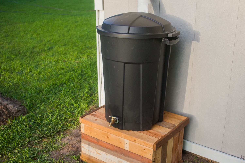 finished DIY rain barrel