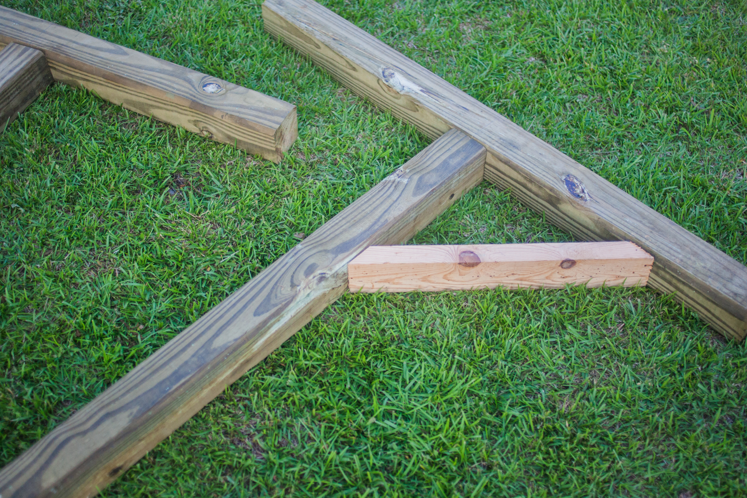 support beams attached to 4x4s