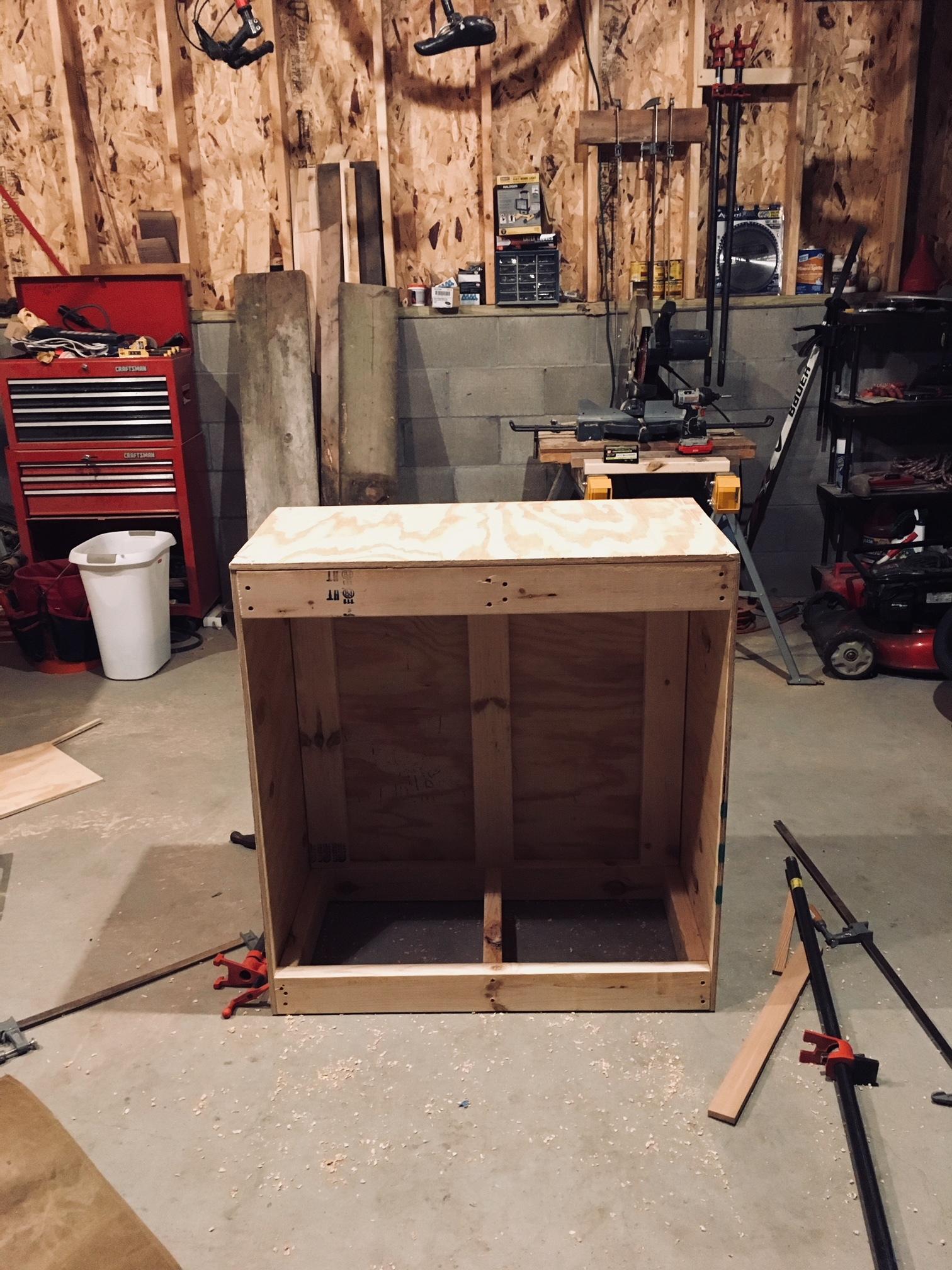 3 - Cabinet