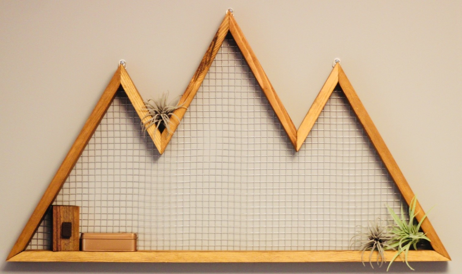 How to: Easy Wooden Mountain Wall Art