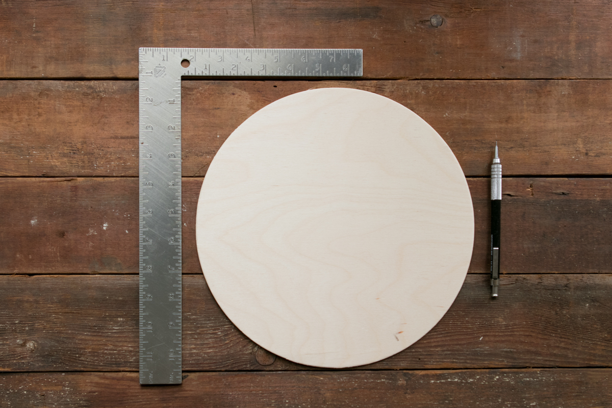 how to find the center of a circle tools