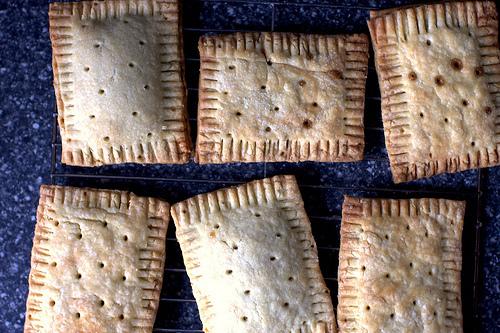 pop tarts, cooling