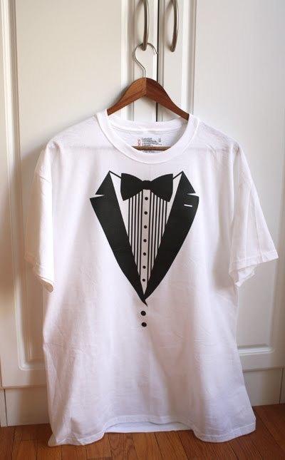 [DIY-tuxedo-tshirt.jpg]