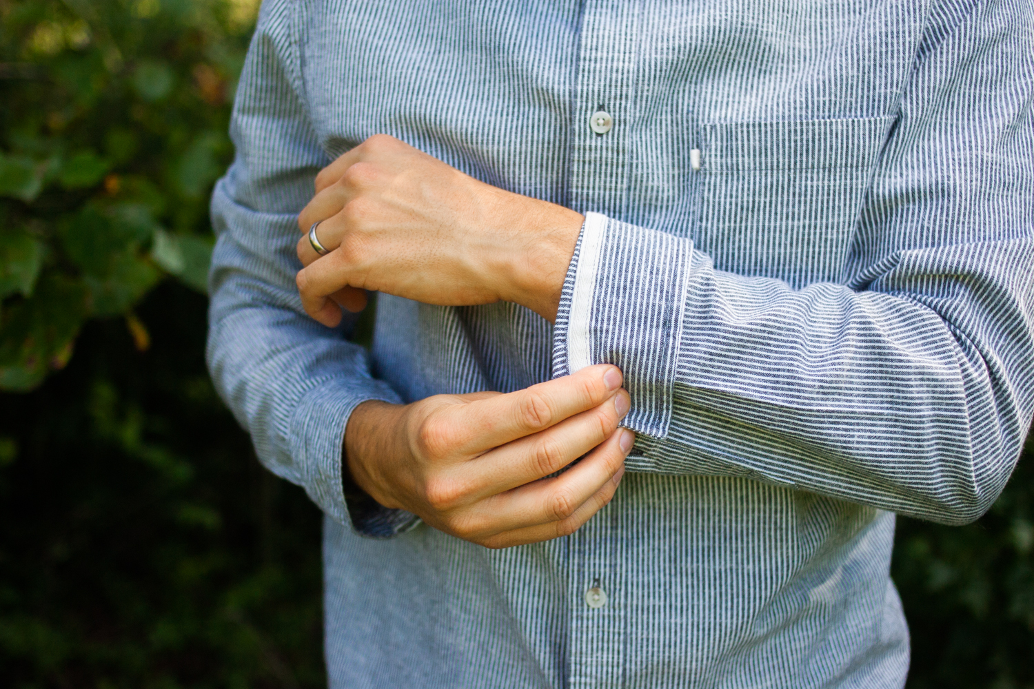 how to roll up sleeves on any shirt